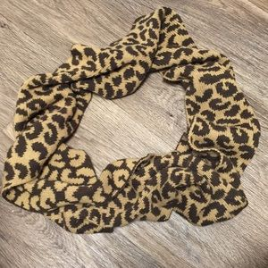 Accessories - Cute Infinity Scarf